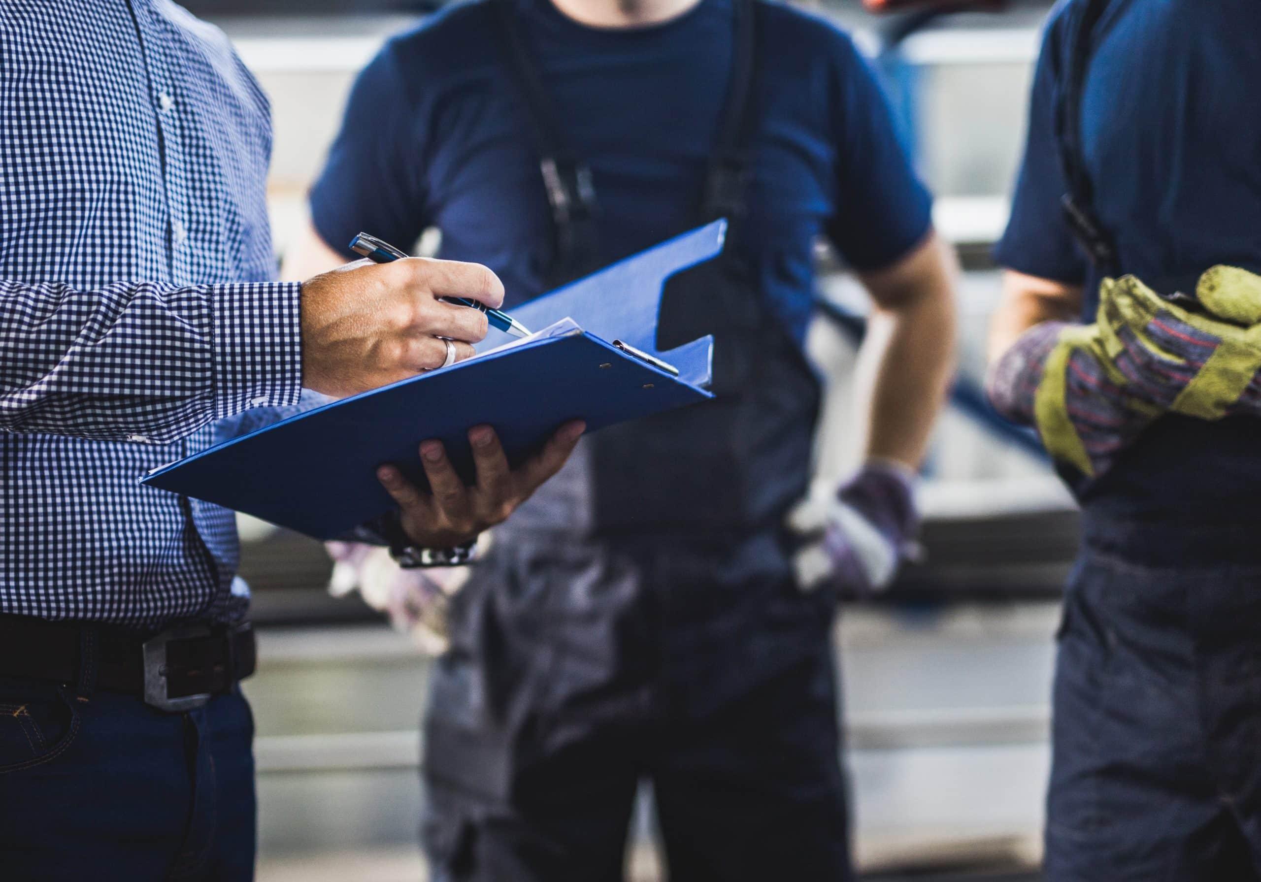 worker notifying employer of workplace injury